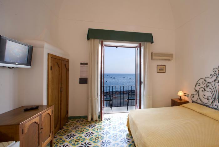 www.lacaravellapositano.com - Rooms